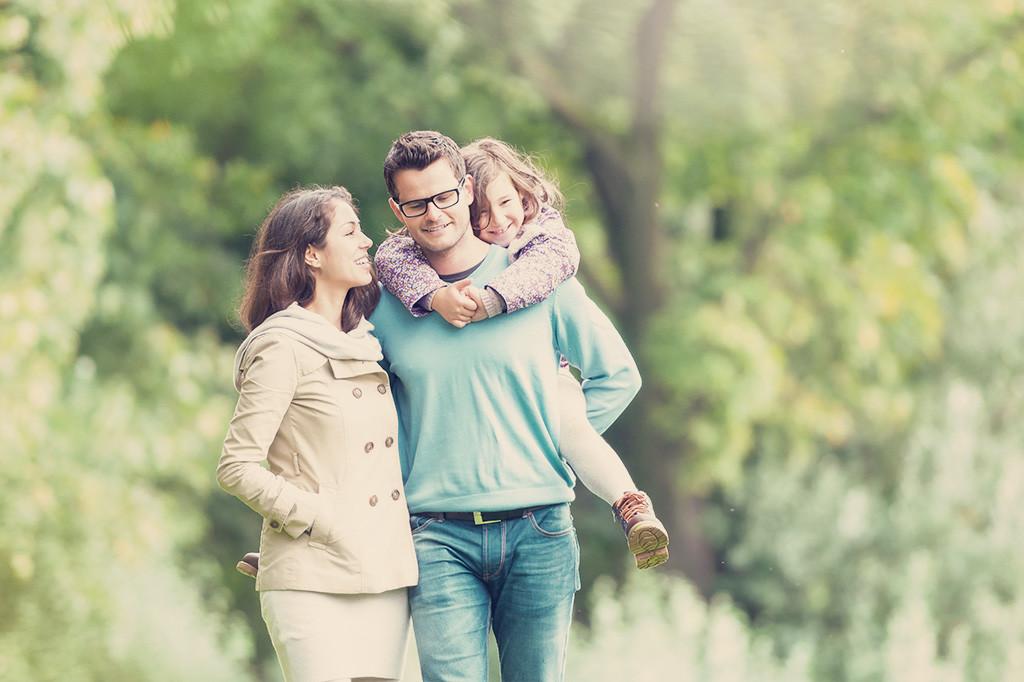 不動産投資は、個人年金や生命保険の代わりになる?