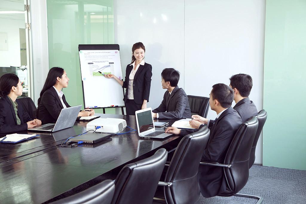 日本も外国人の「起業」が簡単になった